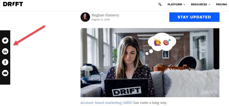 Social sharing icons in sidebar